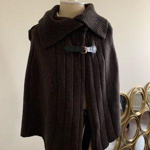 Brown knit cape